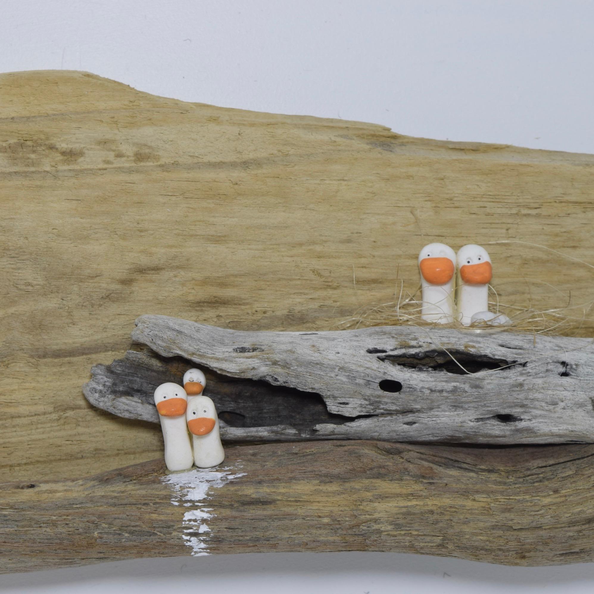 driftwood-art-seagulls