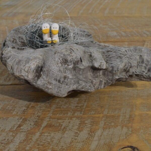 Driftwood-freestanding-seagull-family